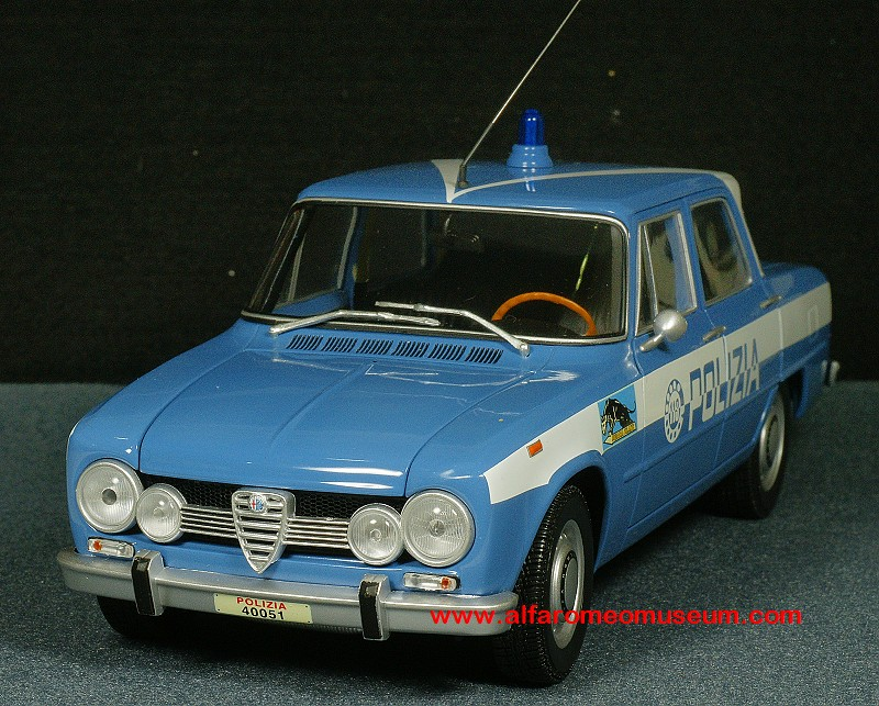 1970 giulia super polizia 1 18 alfa romeo model car museum. Black Bedroom Furniture Sets. Home Design Ideas