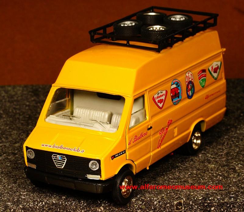[ 1990 ] AR8 -Assistenza Raduni ( 1/43 ) « Alfa Romeo