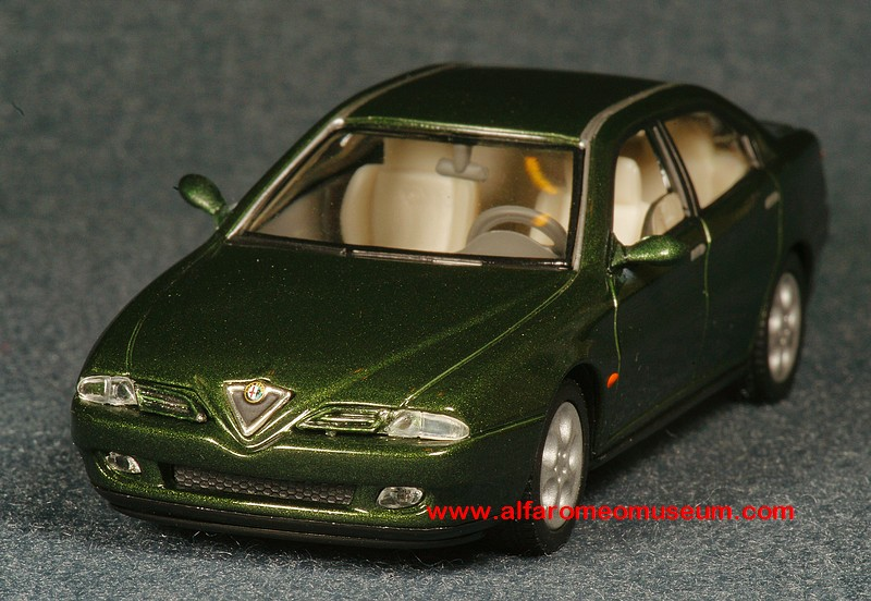 Made in France SOL8N Voiture 1//43 solido ALFA ROMEO 166