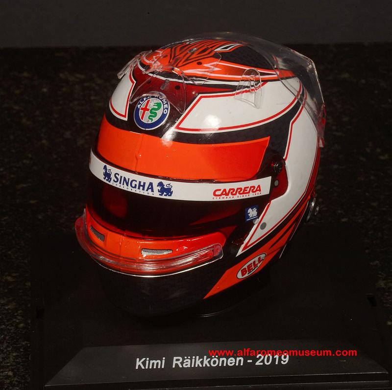 Kimi Raikkonen Helm Helmet 2019 Alfa Romeo C38 Spark 1//5 Formula 1 NEW Räikkönen
